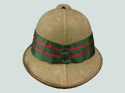 Pugaree and badge as worn b y the 38th Dufferin Rifles. Courtesy emedals.com