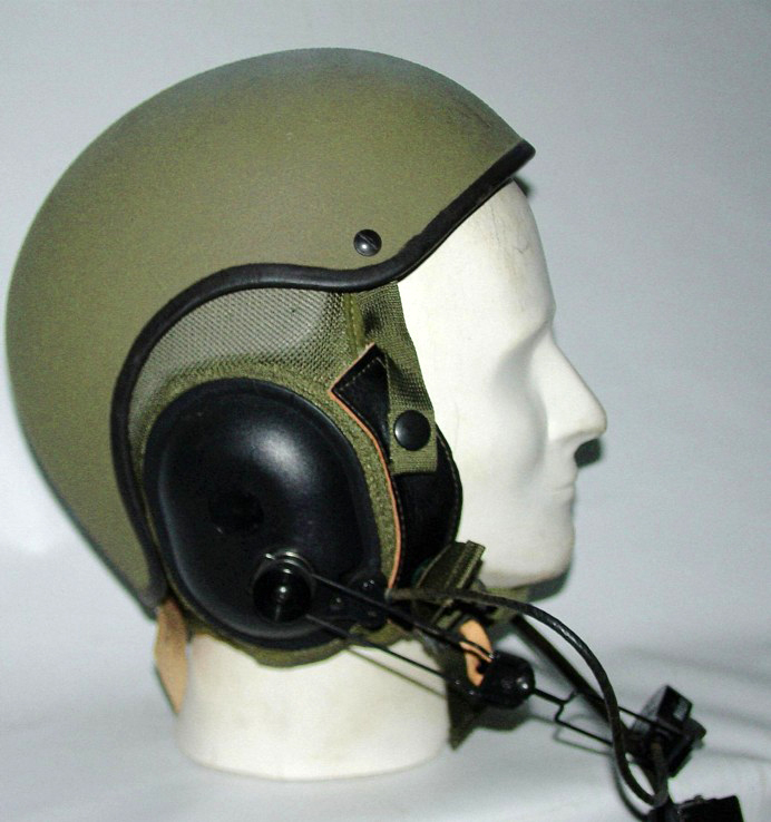Post-War Canadian AFV Helmets | MilArt