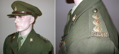 Position of the brass title and collars badges on an officers' service dress
