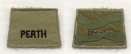Details of the summer khaki drill slip-on titles