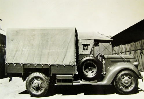 One of 244 Ford Commercial Pattern trucks supplied to India in 1939.
