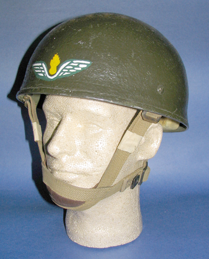 A similarly painted helmet but with airborne Royal Canadian Engineers insignia at the front. Ed Storey collection