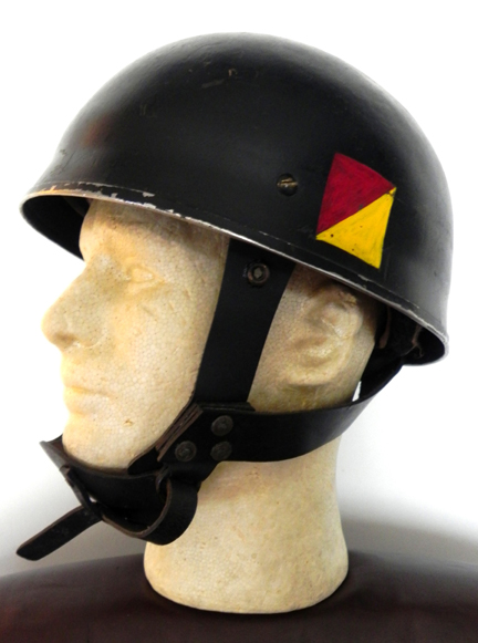This black-painted Mk.I Airborne helmet has the red and yellow flash of the Royal Canadian Armoured Corps. Jan Nowak collection.