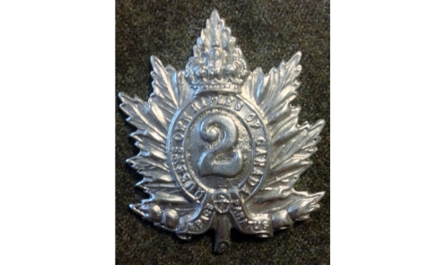 1945 QOR cap badge – Graham Humphrey Collection