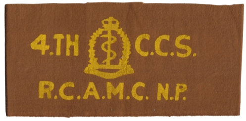 Armband to the 4th Casualty Clearing Station, Royal Canadian Army Medical Corps (Non-Permanent Active Militia). Courtesy B. Alexander © 2014. Image may not be used without express permission.