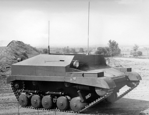 Once the initial bugs were ironed out the Tracked Jeep was demonstrated to British, Canadian and American brass at the Willys Proving Ground at Toledo, Ohio on 23 May 1944. This right side view of the Pilot No.1 was photographed at the time.