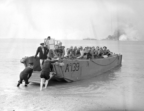 Final exercise prior to assault landing at Dieppe. Note the early style of naming. Library and Archives, MIKAN 4341223