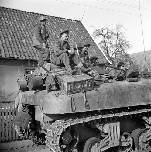 "The secondary .30-calibre Browning machine gun pintle mounting device and feed tray (which held one box of .30-calibre belted ammunition), seen here mounted in the turret ring of CT159065, of ""B"" Squadron, 1st Canadian Armoured Personnel Carrier Regiment, in Wertle, Germany, 11 April 1945. Authors' collection"
