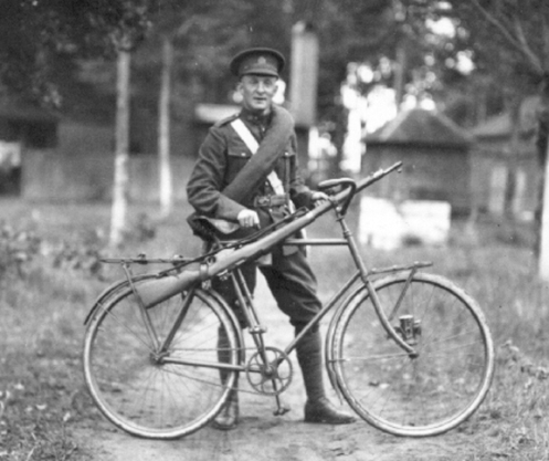 A cyclist of Brutinel's Brigade, at Rockliffe (Ottawa) on the occasion of the Governor General's inspection. MilArt photo archives