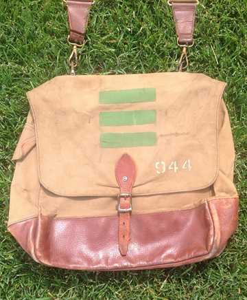 An officer's haversack which bears The Elgin Regiment's unit serial number '944.' Source: Courtesy of Michael Reintjes